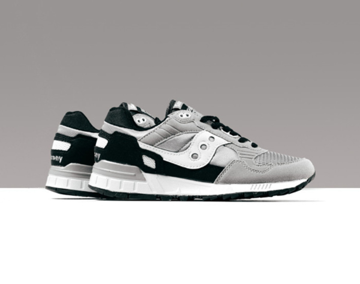 saucony-shadow-5000-grey-black-00