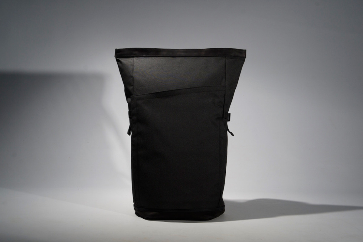 px-invisible-backpack-00