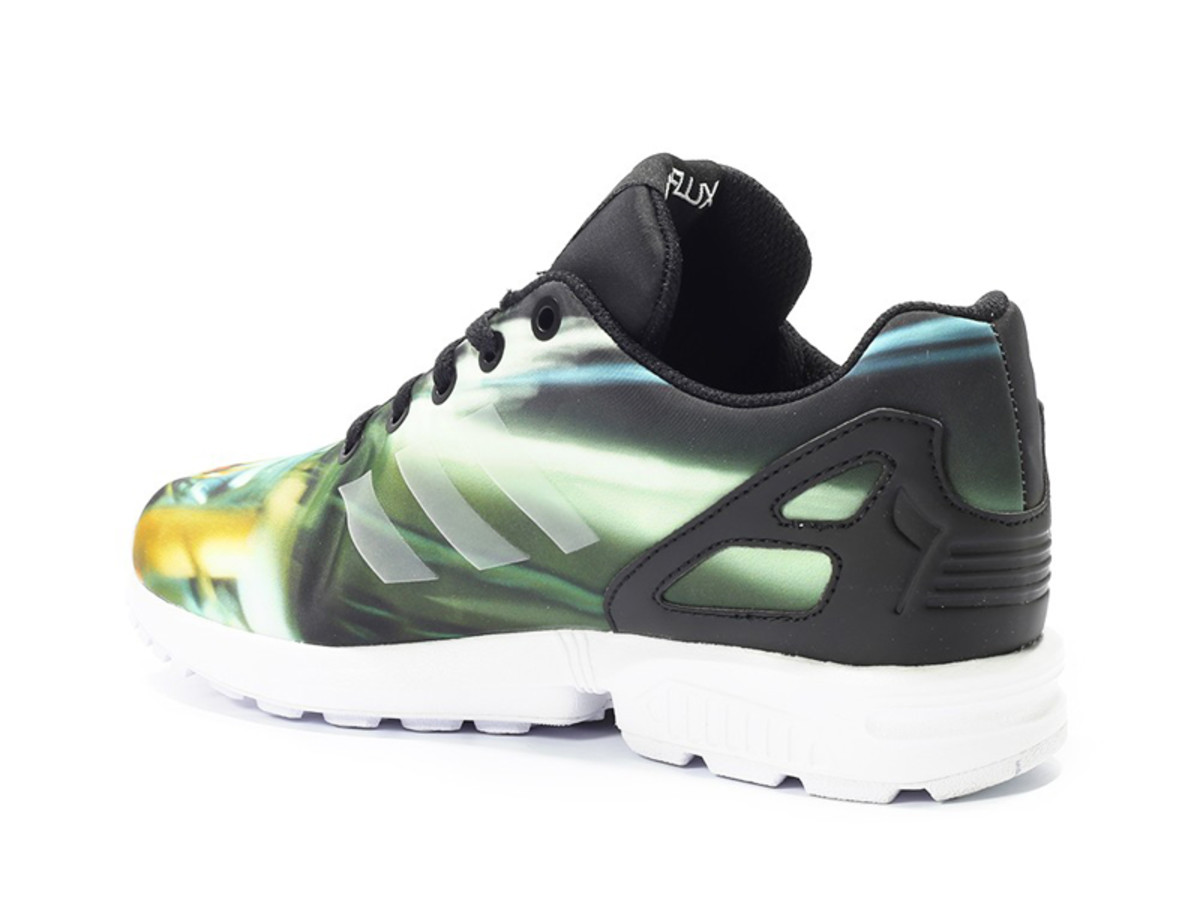 star-wars-adidas-originals-zx-flux-millennium-falcon-02