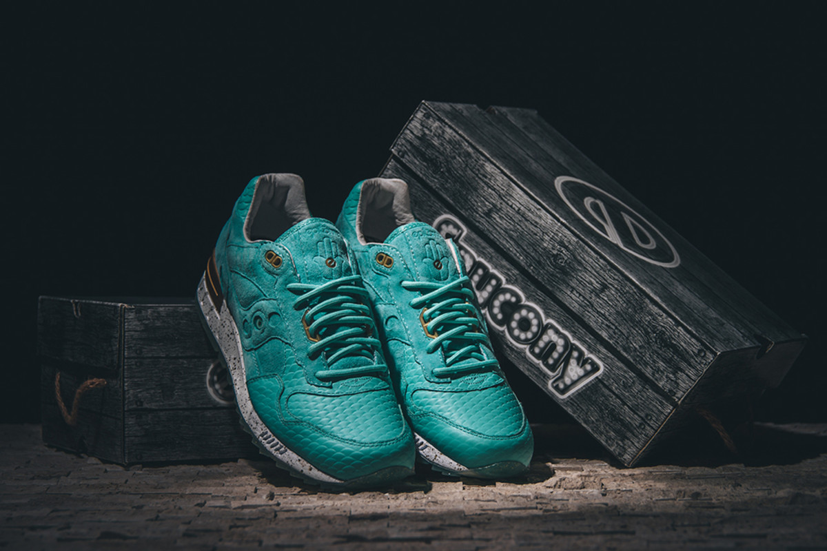 epitome-saucony-shadow-5000-righteous-one-01