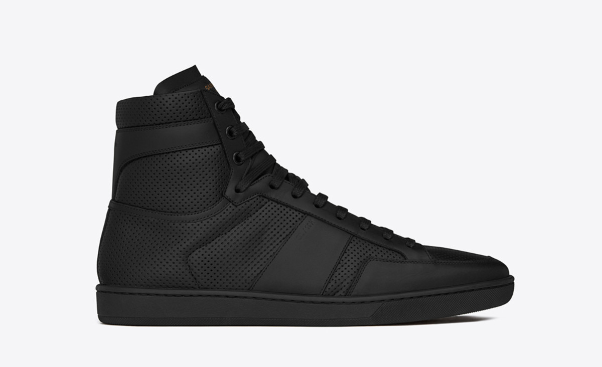 saint-laurent-fall-winter-2015-sneaker-collection-01