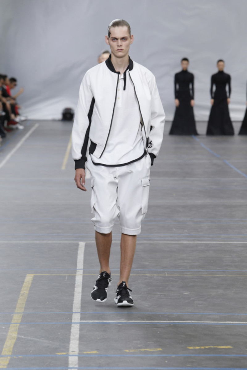 y-3-spring-summer-2016-collection-runway-show-13