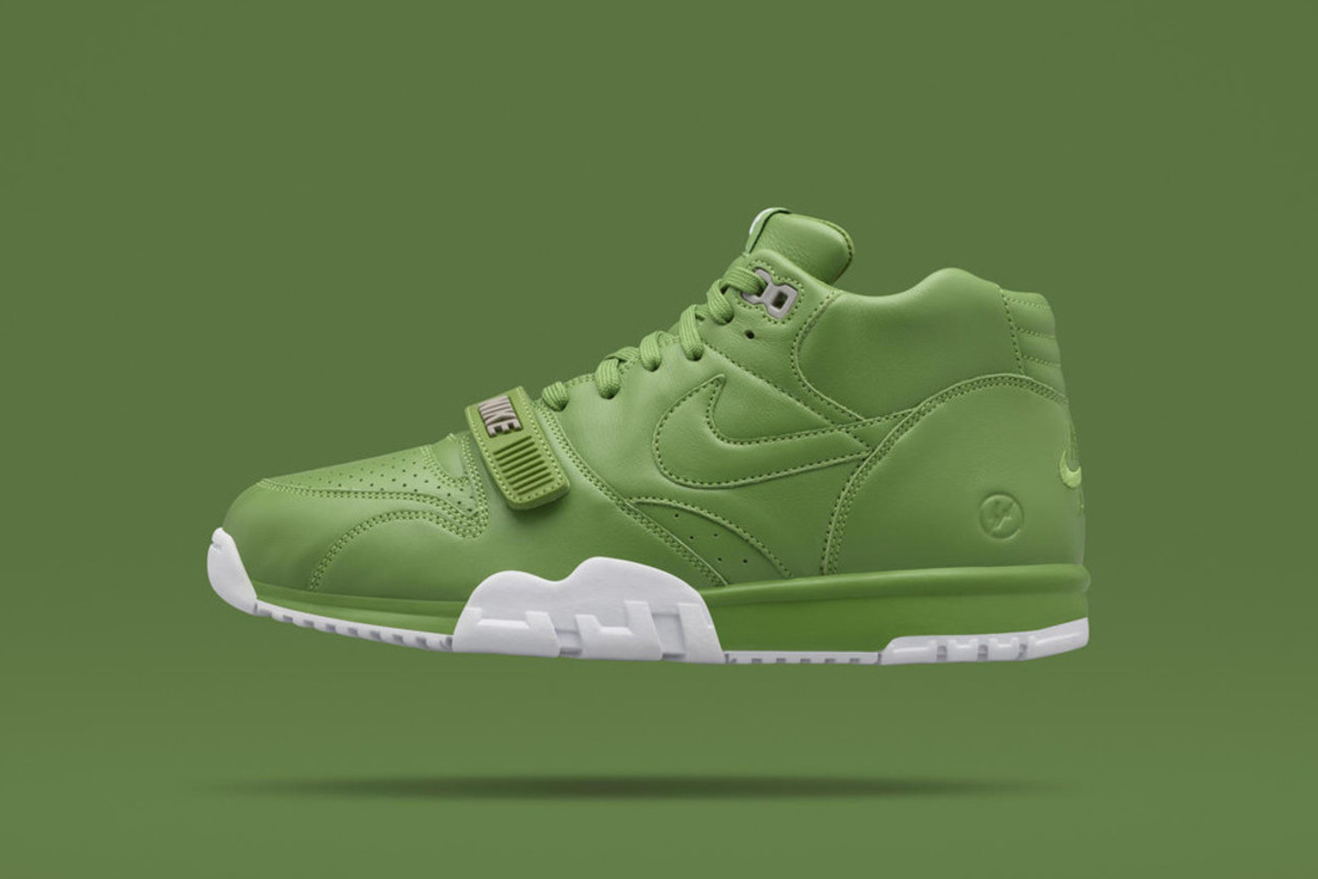 the latest d3a63 34534 fragment design x NikeCourt Air Trainer 1