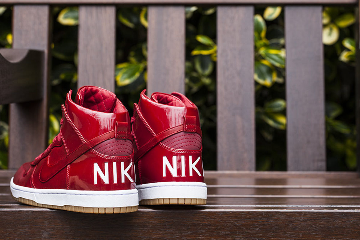 nike-dunk-high-lux-sp-gym-red-01