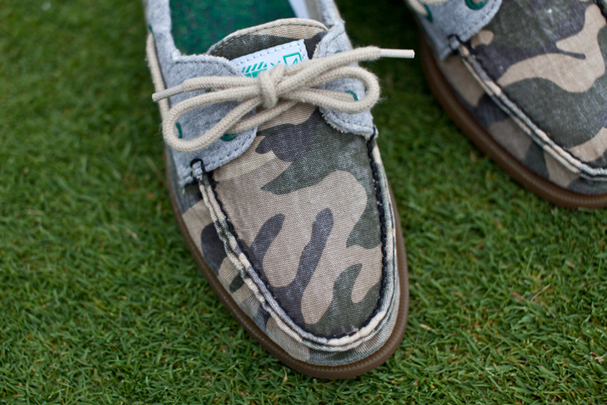 extra-butter-sperry-caddy-pack-06