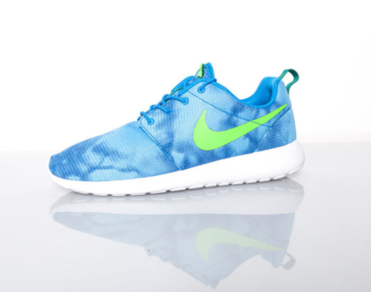 how-the-nike-roshe-run-became-the-definitive-lifestyle-sneaker