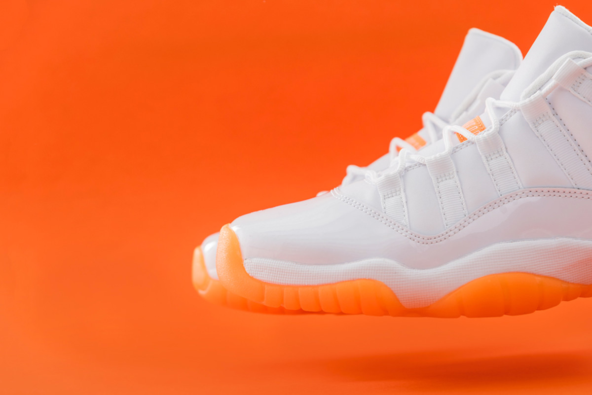 air-jordan-11-low-citrus-release-02