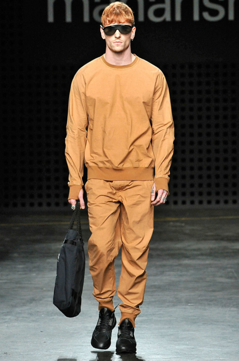maharishi-spring-summer-2016-collection-runway-show-05