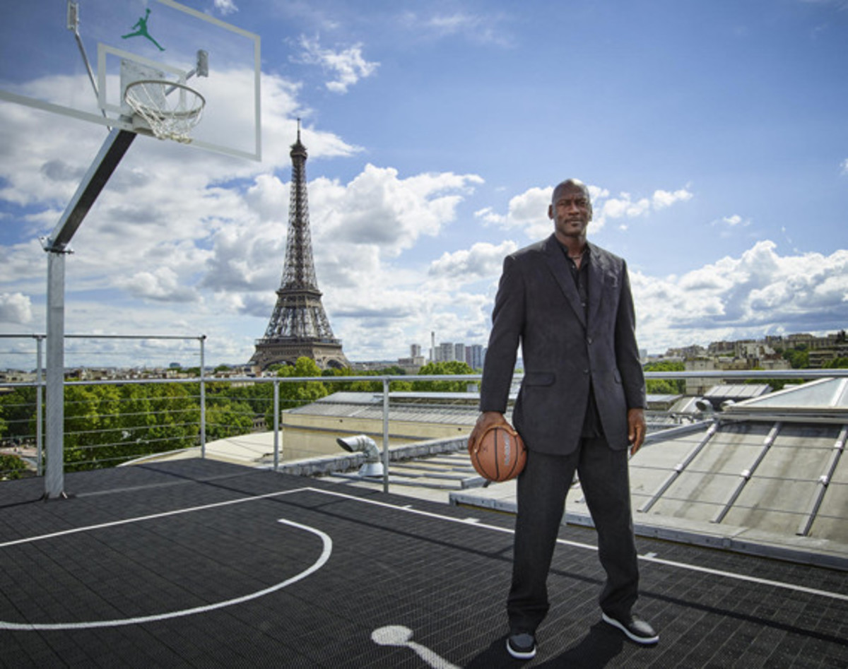 how-michael-jordan-makes-and-spends-his-money