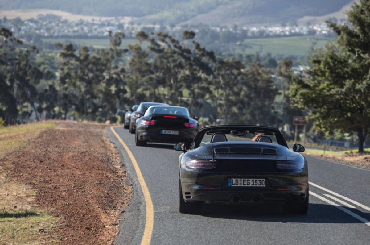 porsche-911-facelift-teased-in-south-africa-2