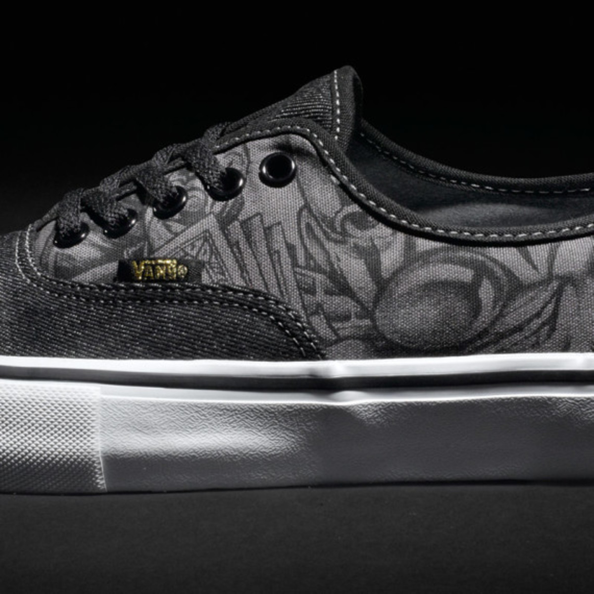 mister-cartoon-vans-syndicate-authentic-s-03