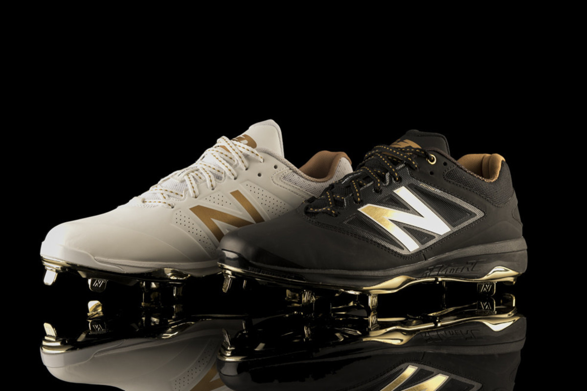 new-balance-4040v3-baseball-cleat-00