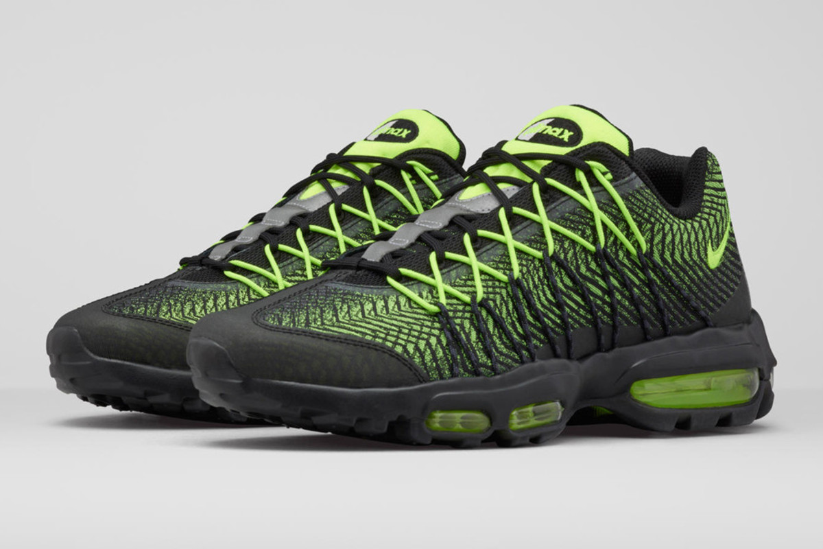 nike-unveils-2-new-iterations-of-air-max-95-00