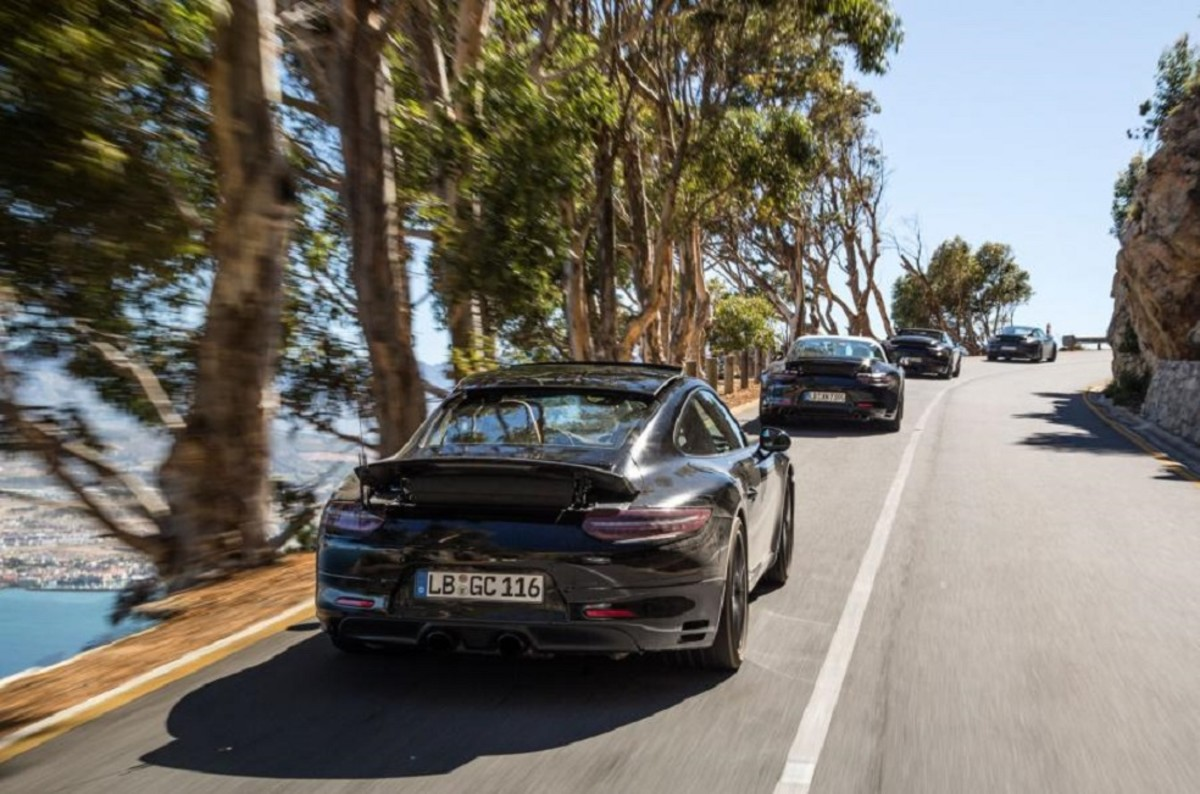 porsche-911-facelift-teased-in-south-africa-5