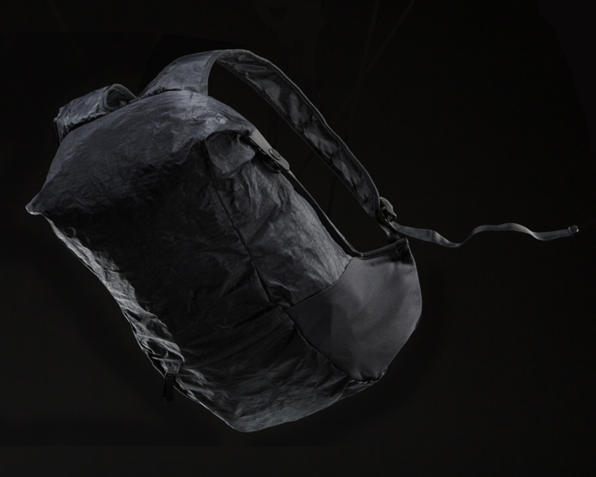 outlier-ultrahigh-backpack-02