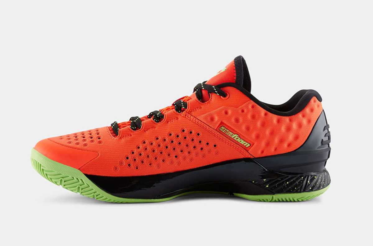 under-armour-curry-one-low-bolt-orange-01
