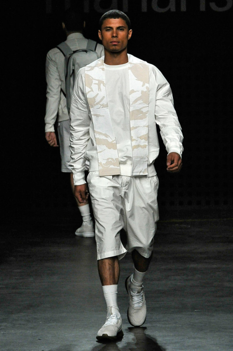 maharishi-spring-summer-2016-collection-runway-show-07
