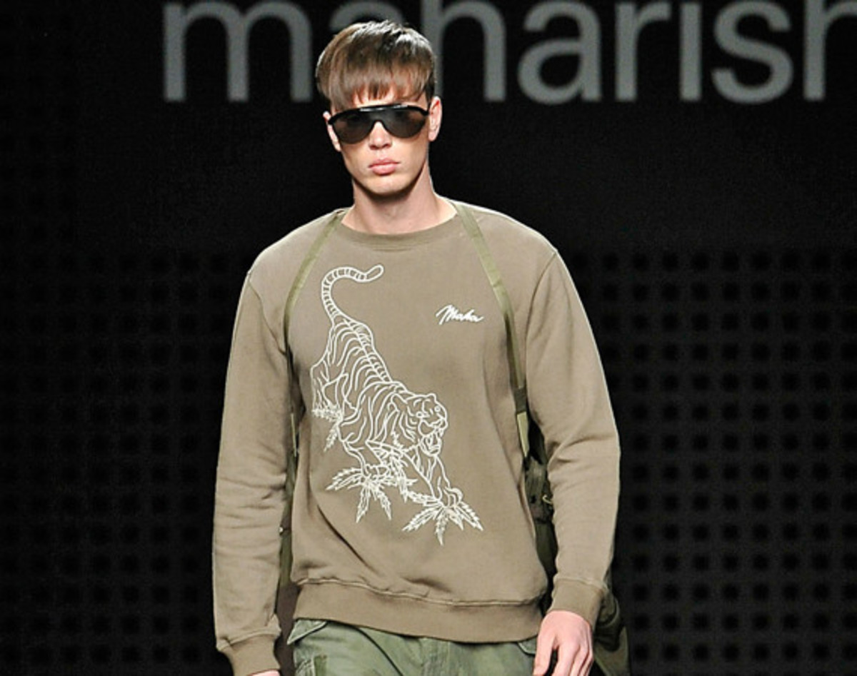 maharishi-spring-summer-2016-collection-runway-show-00