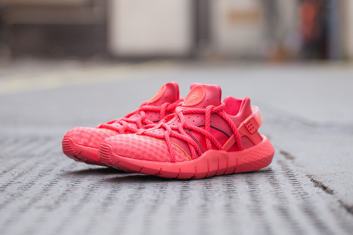 c78e948b61ac ... purchase nike air huarache nm hot lava release info 3e6b1 5cfb9
