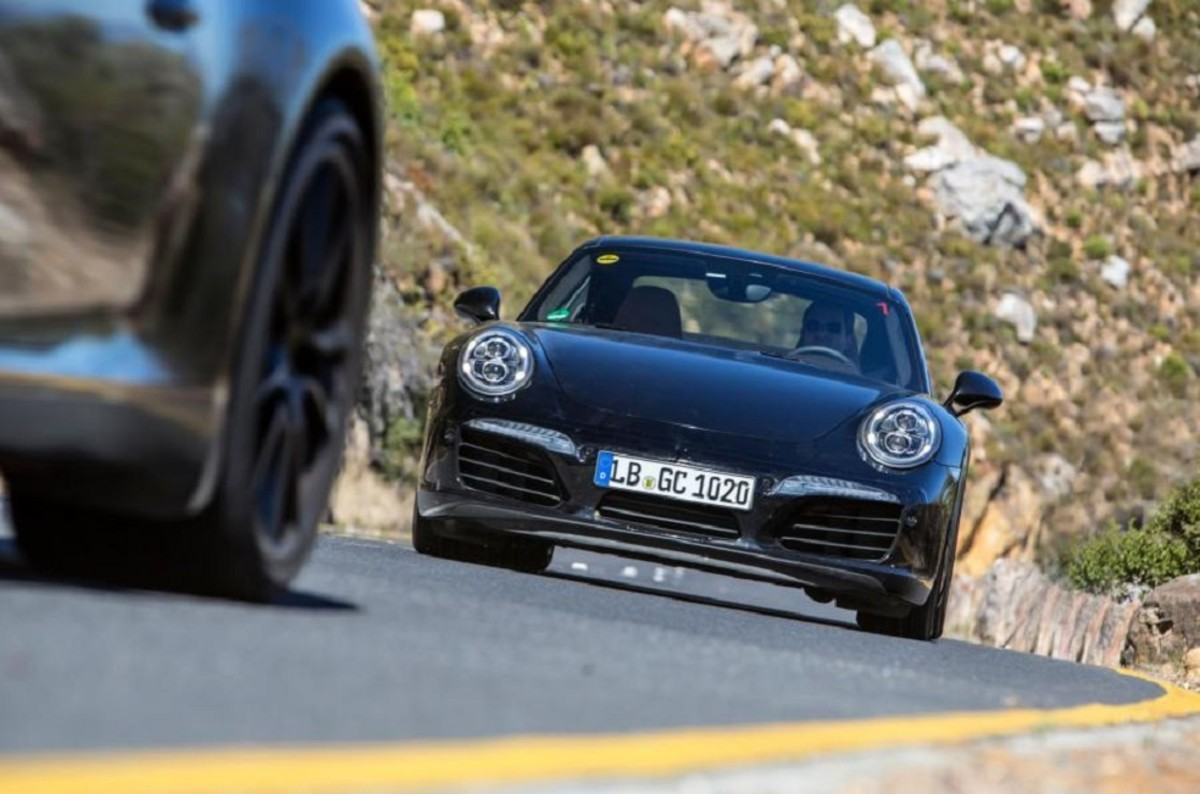 porsche-911-facelift-teased-in-south-africa-4