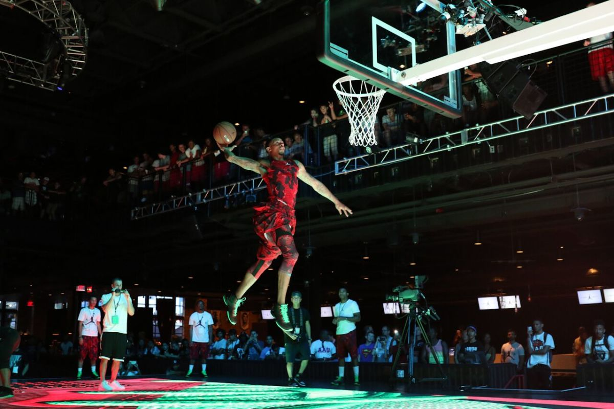 jordan-brand-takes-over-las-vegas-with-first-to-fly-event-22