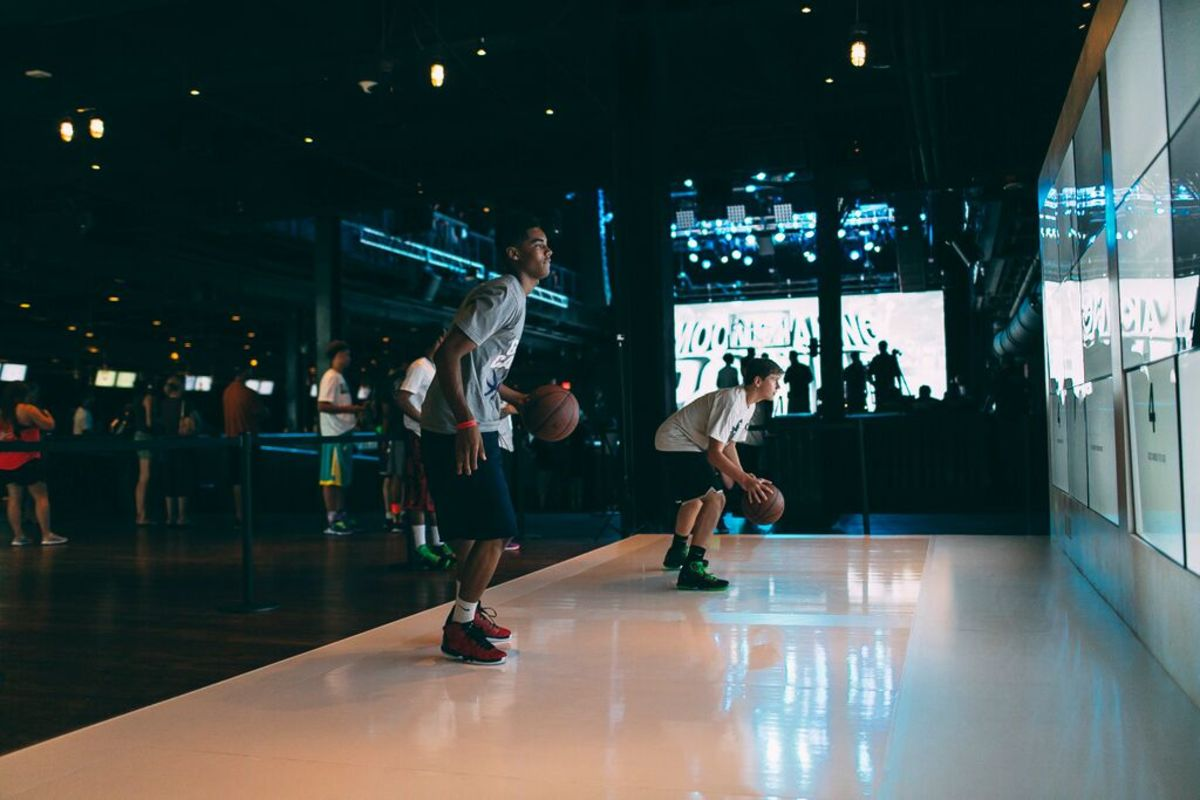 jordan-brand-takes-over-las-vegas-with-first-to-fly-event-26