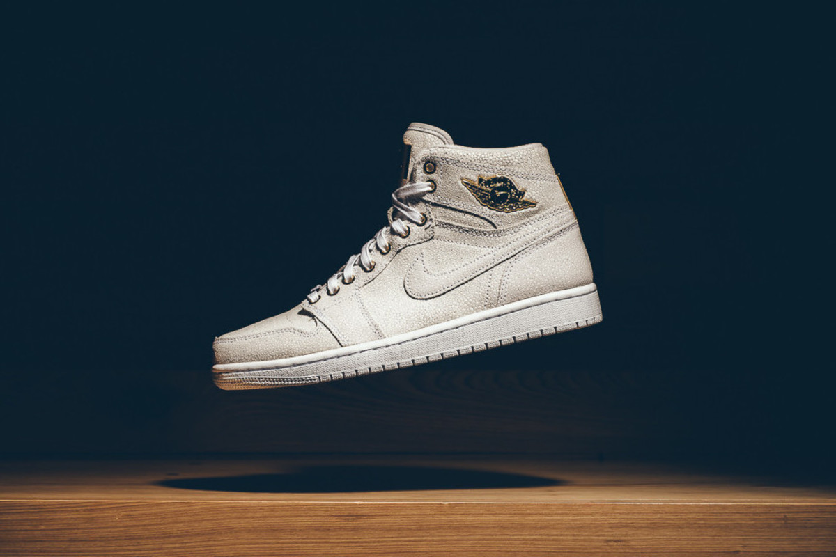 "competitive price a65dd 8bb5d Air Jordan 1 Pinnacle ""White Metallic Gold"""