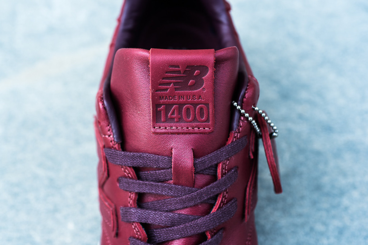 new-balance-horween-leather-pack-02