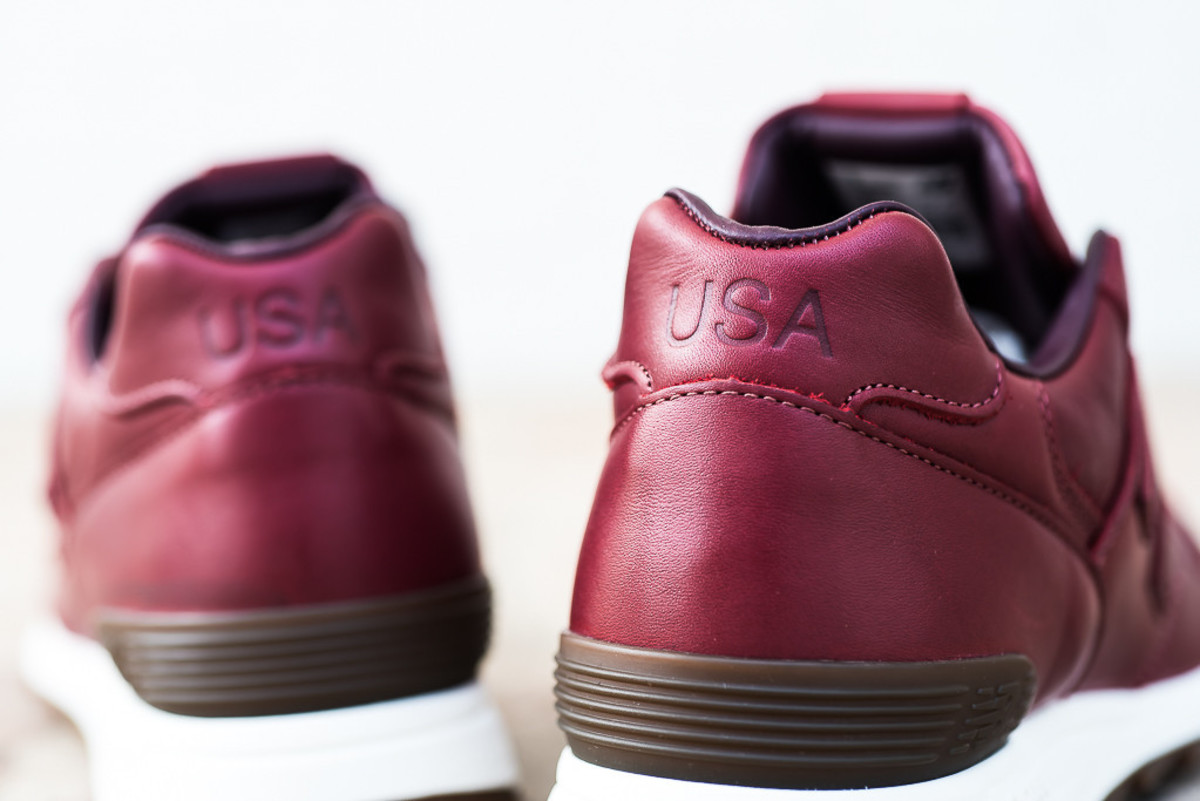 new-balance-horween-leather-pack-04