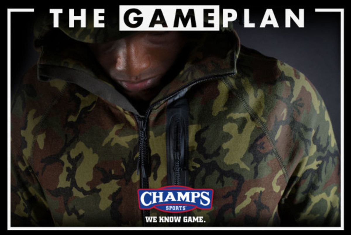 the-champs-game-plan-by-champs-sports-nike-tech-fleece-collection-03