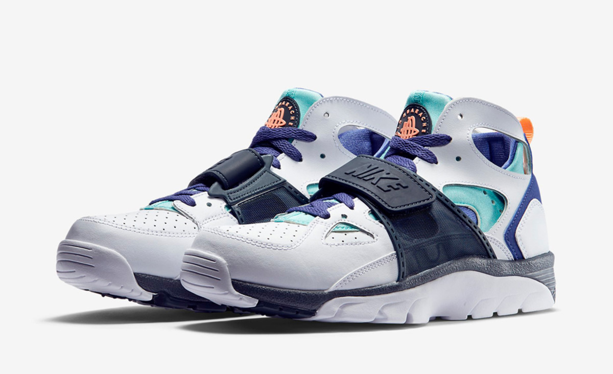 nike air trainer huarache light aqua blue legend freshness mag. Black Bedroom Furniture Sets. Home Design Ideas