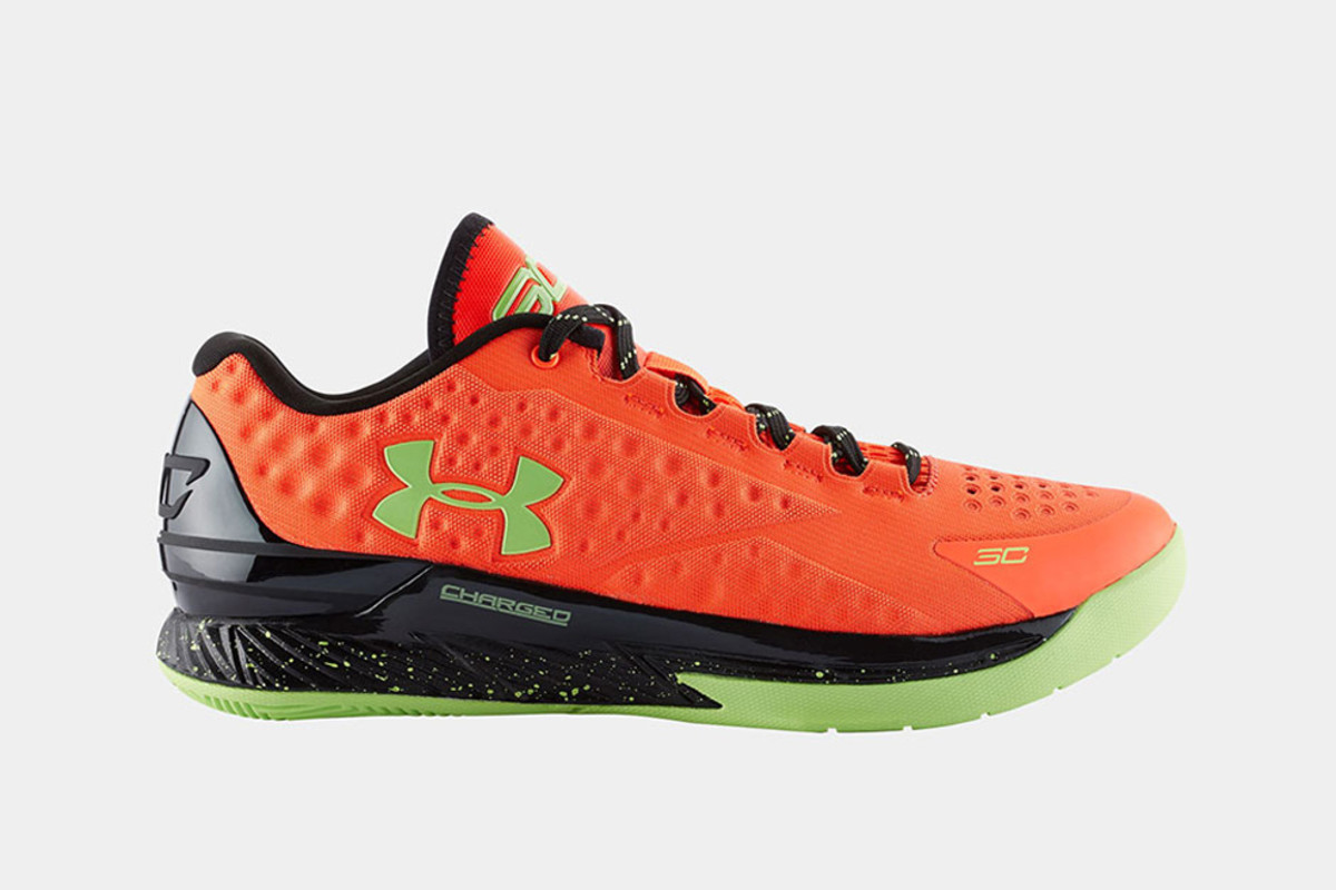 under-armour-curry-one-low-bolt-orange-00