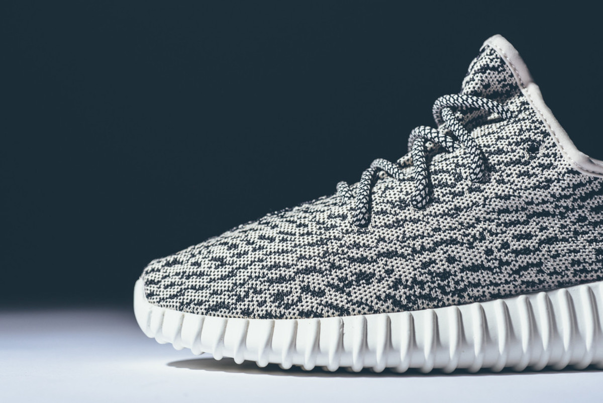 adidas-yeezy-350-boost-low-release-reminder-07