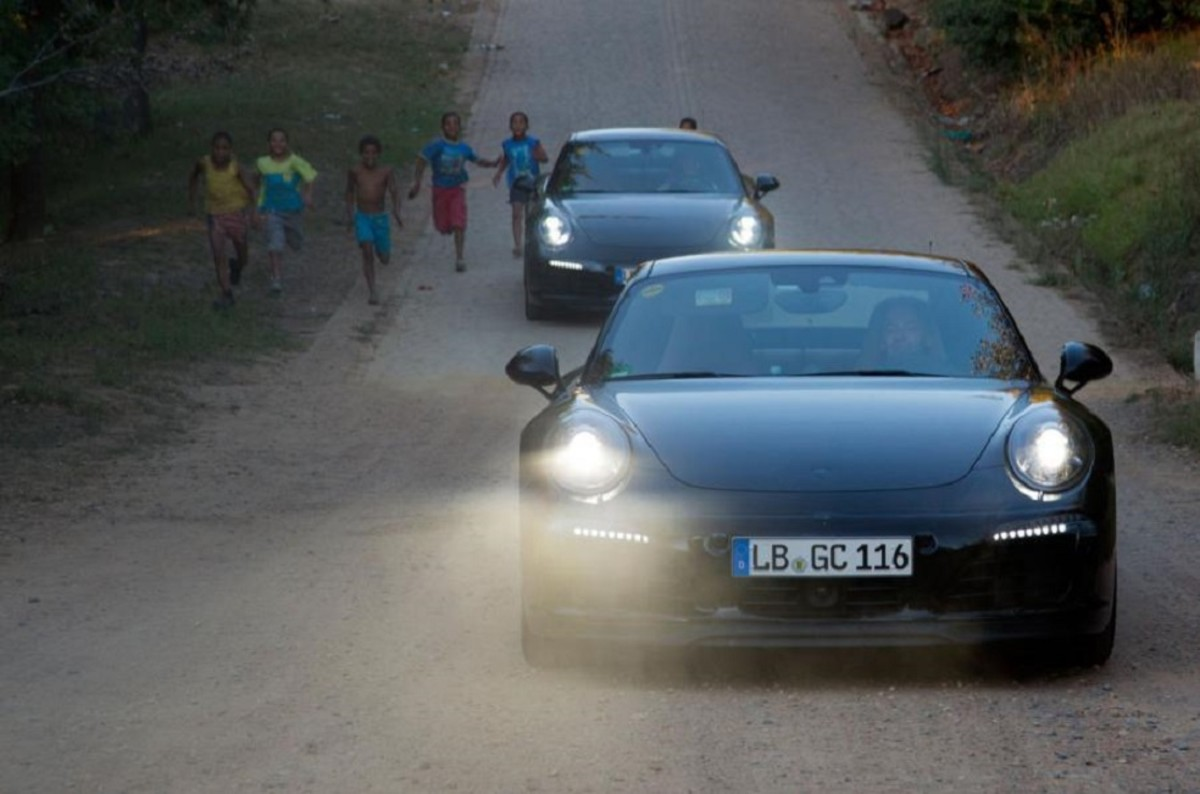 porsche-911-facelift-teased-in-south-africa-6