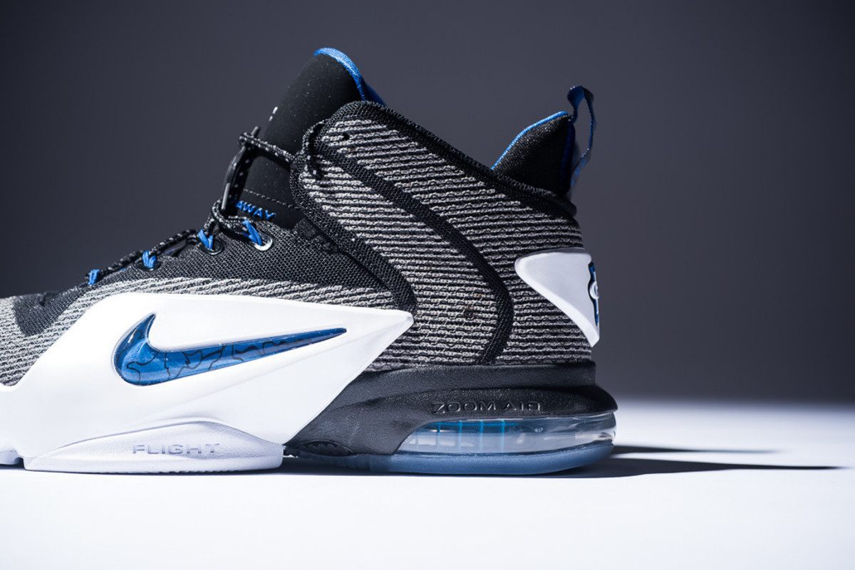 nike-air-penny-sharpie-pack-release-info-11