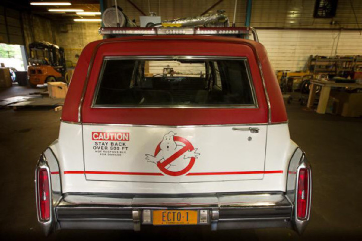 ghostbusters-director-unveils-new-ecto-1-b