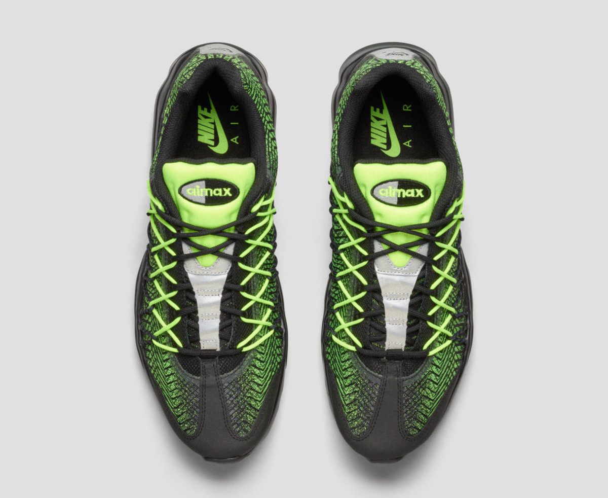 nike-unveils-2-new-iterations-of-air-max-95-02