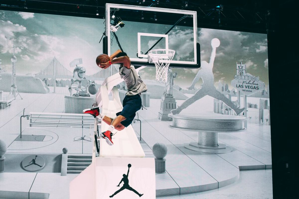 jordan-brand-takes-over-las-vegas-with-first-to-fly-event-07