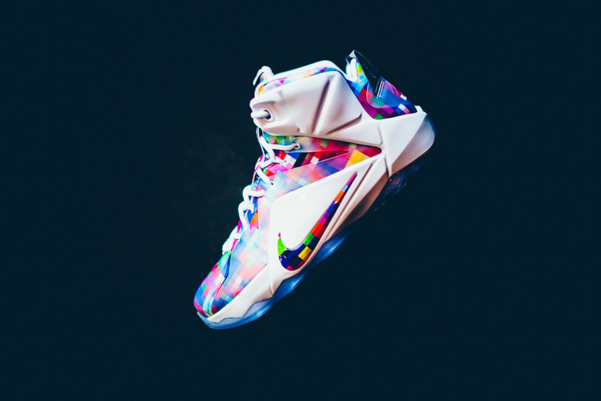 "buy online 18c61 e0fca Nike LeBron 12 EXT ""Finish Your Breakfast"""