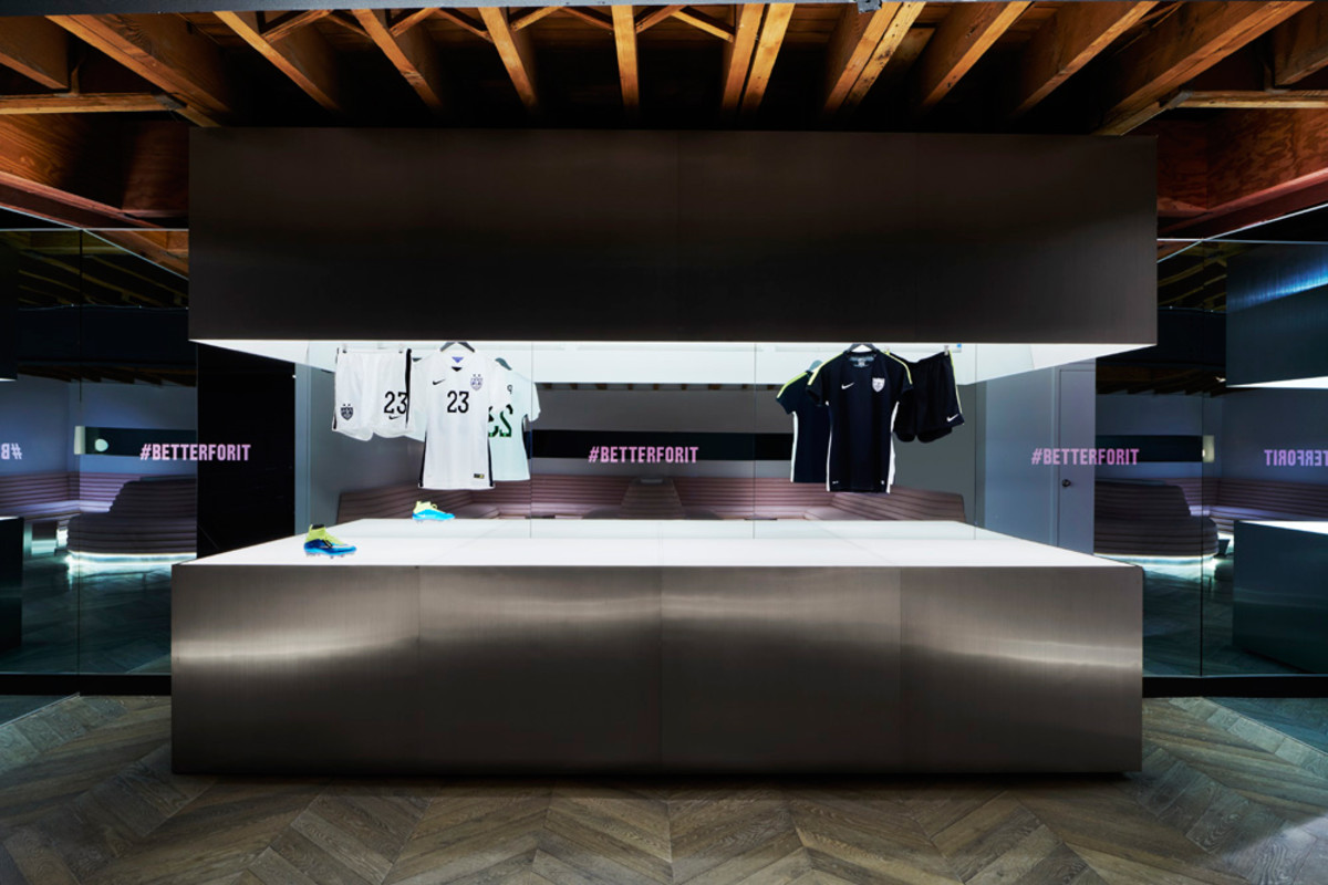 get-an-inside-look-at-45-grand-nike-exclusive-new-york-finess-studio-12