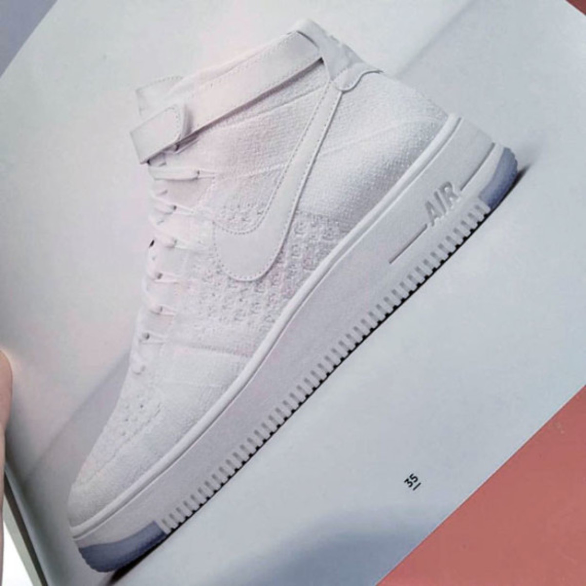 nike-air-force-1-flyiknit-first-look-01