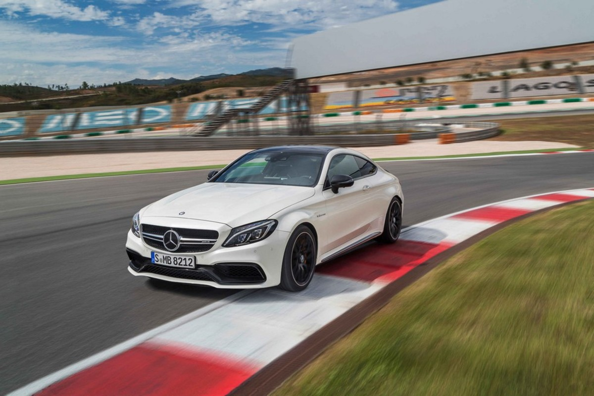introducing-the-2017-mercedes-benz-c63-amg-coupe-01