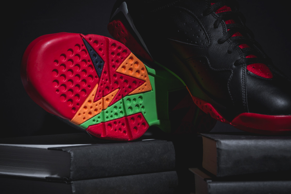 air-jordan-7-retro-marvin-the-martian-04