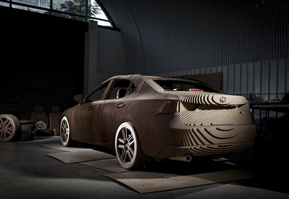 lexus-creates-a-life-size-origami-is-replica-03