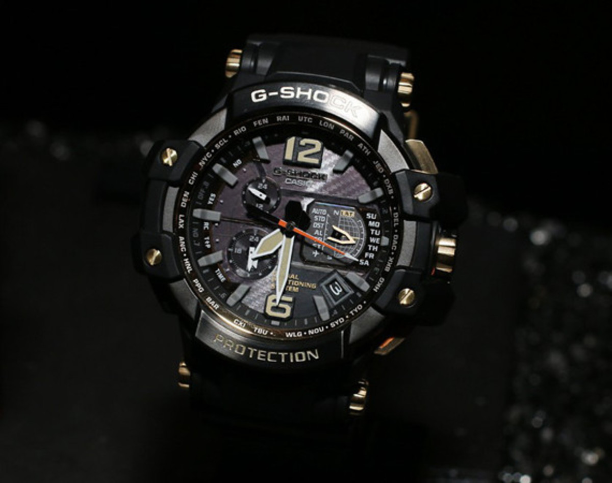 casio-g-shock-black-and-gold-master-of-g-series-00