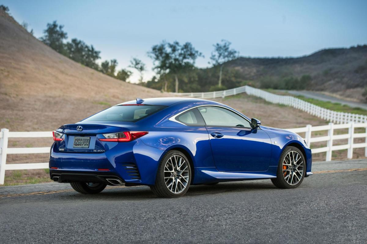 2016-lexus-rc-coupe-unveiled-with-turbocharged-engine-02