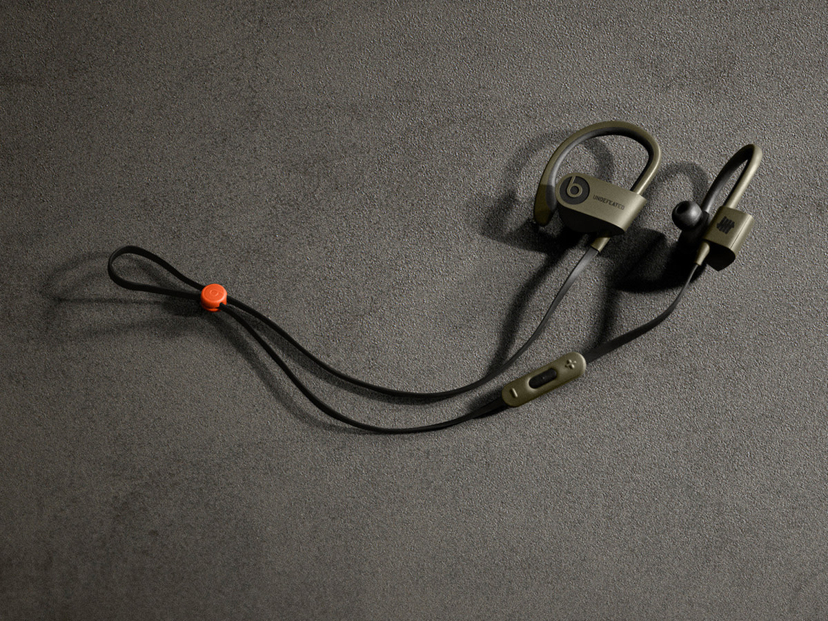 UNDEFEATED x Beats by Dr. Dre Powerbeats2 Wireless In-Ear Headphones ...
