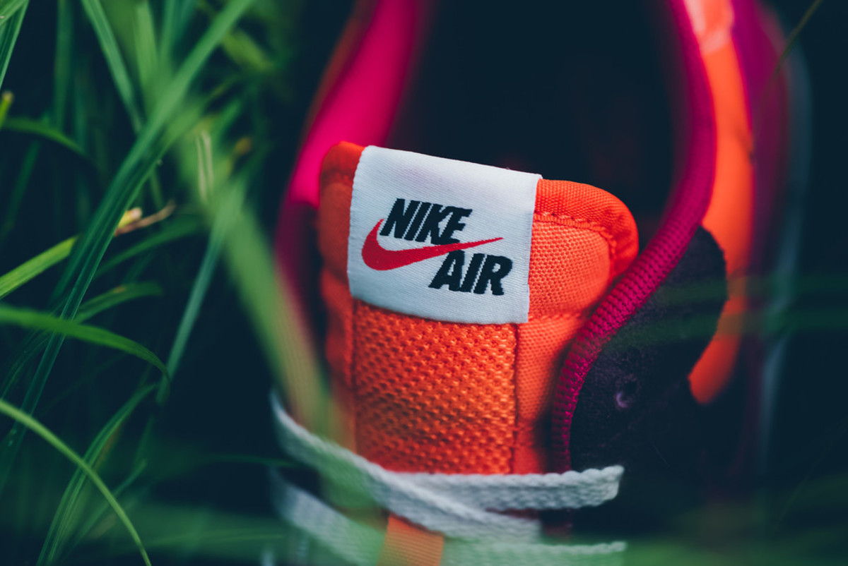 nike-brings-back-the-air-epic-in-four-new-colorways-04