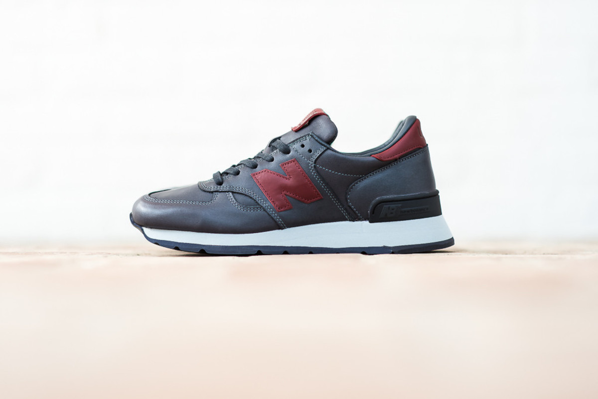 new-balance-horween-leather-pack-05