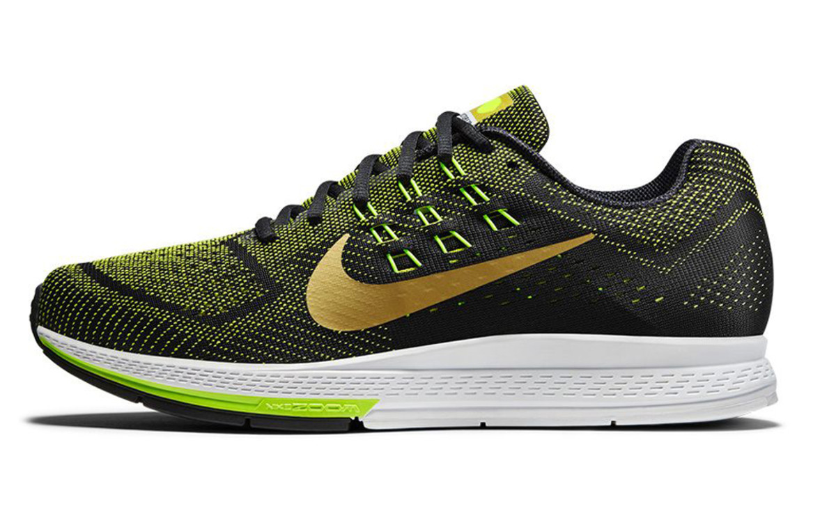 nike-running-modern-gold-rush-pack-03